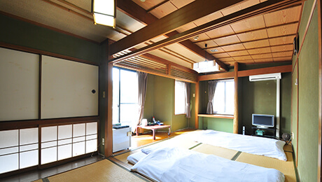 写真:和室9畳(喫煙)